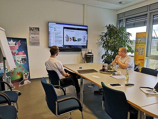 Azubi Botschafter informieren Schüler über die Ausbildung bei Brohl Wellpappe