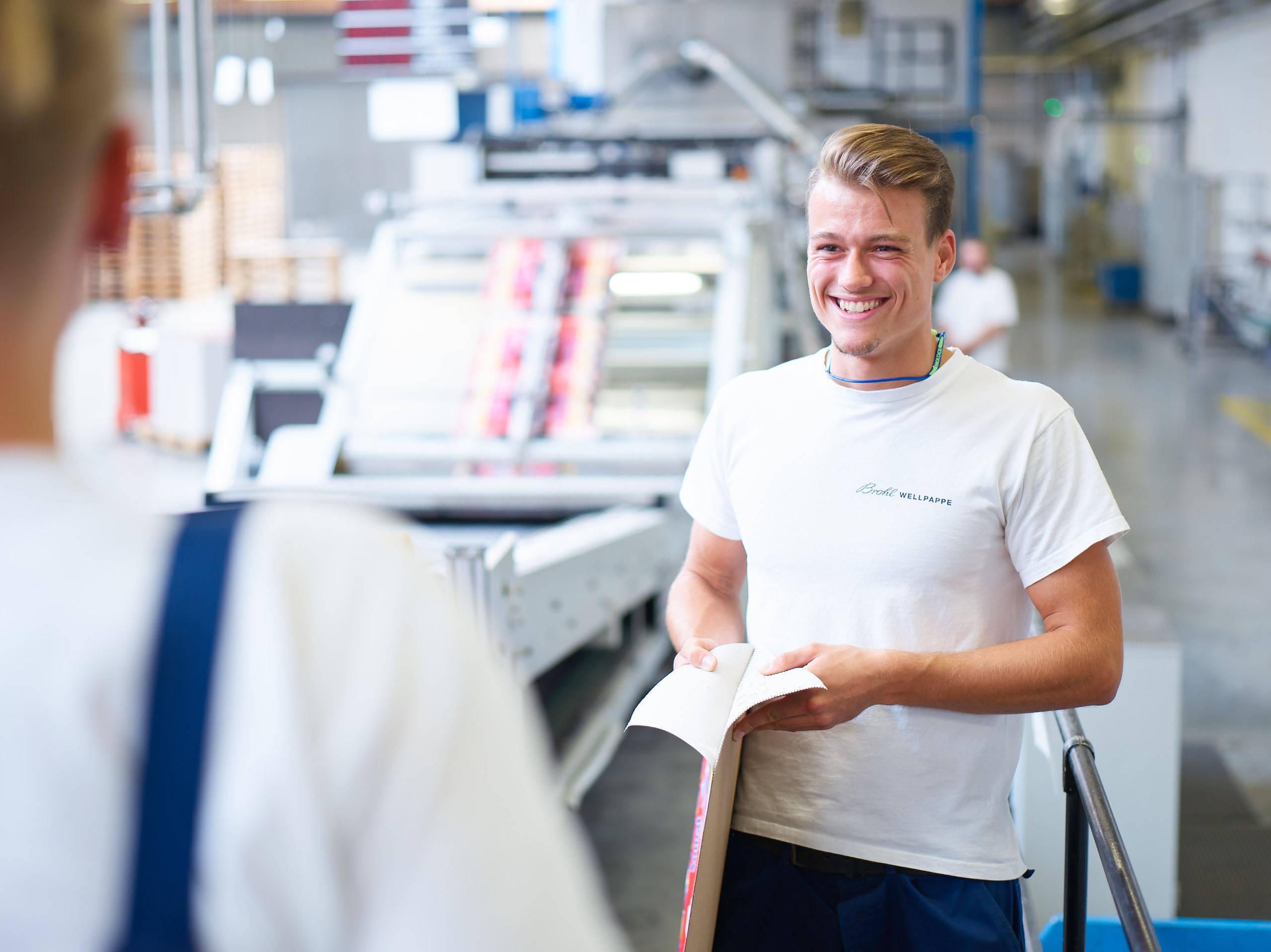 Ausbildung zum Packmitteltechnologe bei Brohl Wellpappe in Föhren