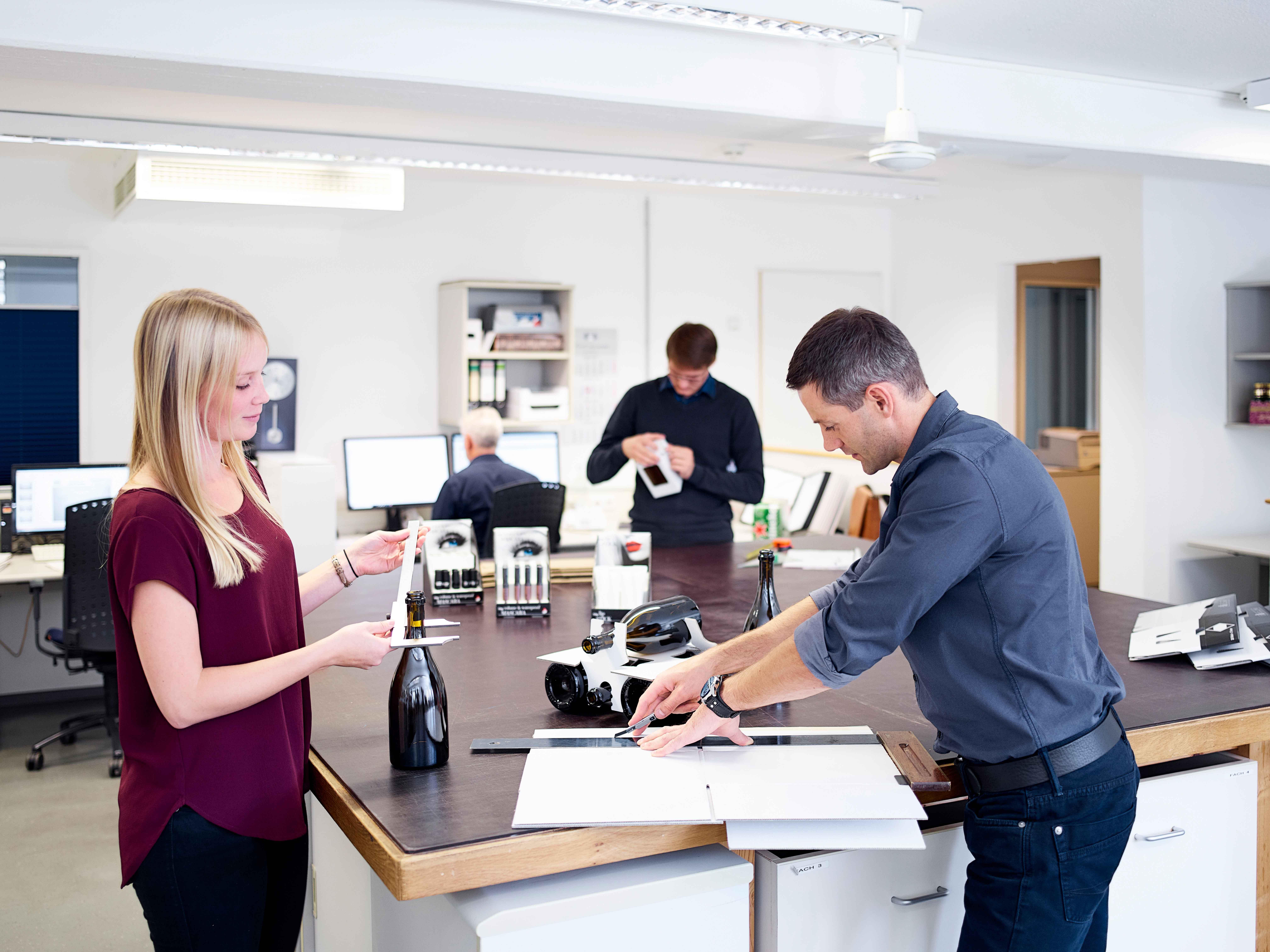 Brohl Wellpappe Mayen Entwicklung Design Ausbildung