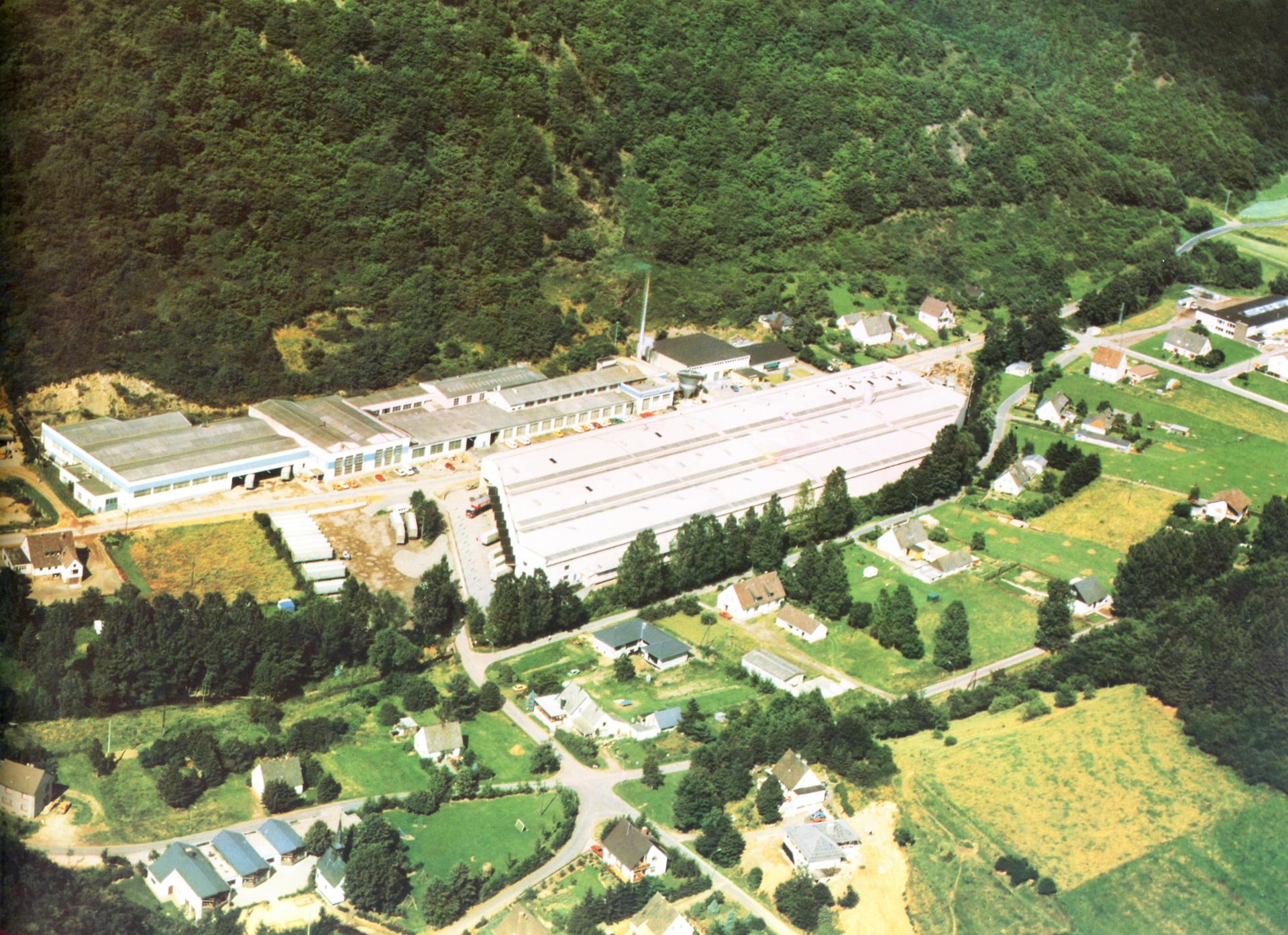1957 Unternehmensstandort Brohl Wellpappe
